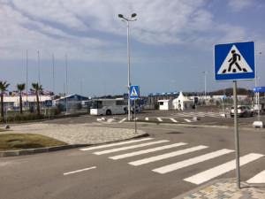 Sochi crosswalk with ramp